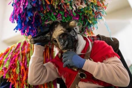 Aliano (MT) dressing for the parade / vestizione prima della sfilata